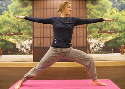 Laura-Massaro-yoga