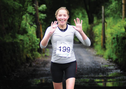 Louise-Hudson-Sport-Sister-Lough-Cutra-CastleTriathlon-Series-157-for-Press-10