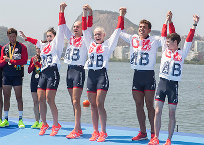 para-rowing-four