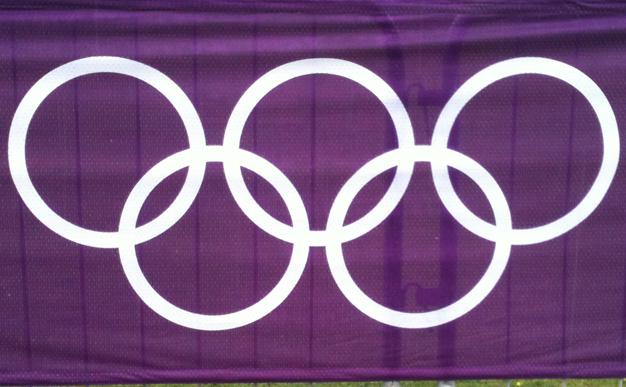 rings-on-purple